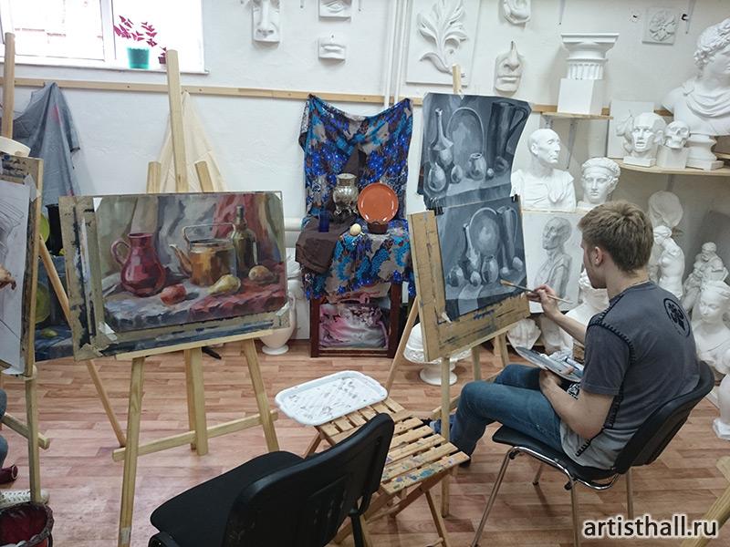 Занятия по живописи в технике гризайль