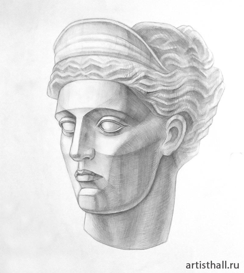 Рисунок головы Дианы Версальской